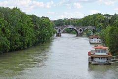 Tiber-Fluss und Matteotti-Brücke Lizenzfreies Stockbild