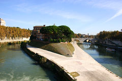Free Tiber Island Royalty Free Stock Image - 18139796