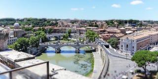 Tiber rzeka Ponte Vittorio Emanuele i most II, Rzym fotografia royalty free
