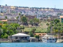 Tiberias - cidade no monte na costa do mar de Galilee, Israel Imagens de Stock