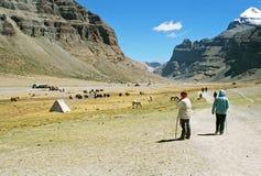 Tibet, het beginnen van kora. Stock Foto
