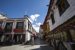 Tibet Lhasa barkhor Arkivfoton