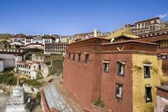 Tibet - monastério budista de Ganden fotos de stock