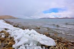 Tibet湖Phumayumtso 库存图片