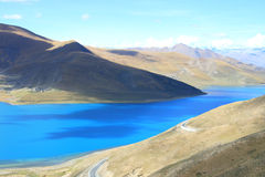 Tibet's Yangzhuoyong Lake Royalty Free Stock Photos
