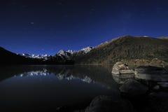 Tibet - XINLUHAI Nacht Lizenzfreies Stockbild