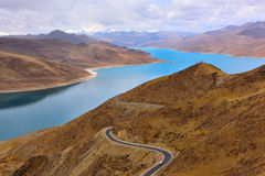 Tibet Yamdrok lake road Royalty Free Stock Photography