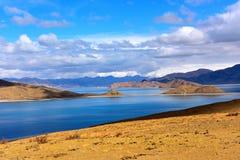 Tibet Yamdrok lake snow mountain lake Yangzhuoyongcuo Royalty Free Stock Image