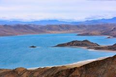 Tibet Yamdrok lake snow mountain lake Yangzhuoyongcuo Stock Photo