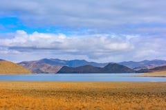 Tibet Yamdrok lake snow mountain lake Yangzhuoyongcuo Royalty Free Stock Photo