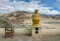 Tibetaanse het bidden voorwerpen binnen van het Klooster, Jammu en Ka van Spituk stock foto's