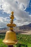 Tibetaanse het bidden voorwerpen binnen van het Klooster, Jammu en Ka van Spituk stock afbeelding