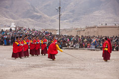 Tibetan Buddhism. Positions in Gansu, China West Temple, Tibetan before the start of monks in the planning performance venues Stock Images