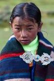 Tibetan flicka i Dolpo, Nepal Arkivfoto