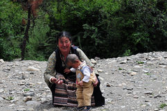 Tibetan Grandmother and granddaughter Royalty Free Stock Photo