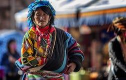 Tibetan kvinna Fotografering för Bildbyråer