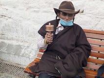 tibetan man Arkivbilder