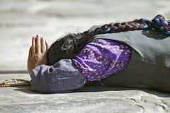 Tibetan pelgrim in Lhasa Stock Foto's