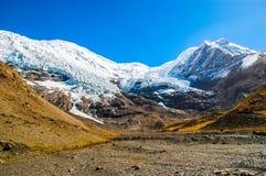 Tibetan plateau scene-Glacier Kanola Stock Photography