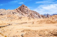 Tibetan plateau scene-Kunlun Mountain Pass Stock Photos