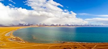 Tibetan plateau scene-lake Namtso Royalty Free Stock Photography