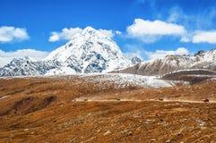 Tibetan plateau scene-Mt.Qungmogangze Stock Photos