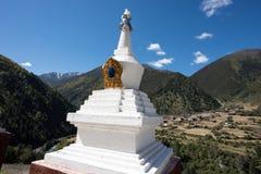 tibetan stupa Royaltyfria Foton