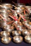Tibetaner-Gesang-Schüsseln Stockbilder