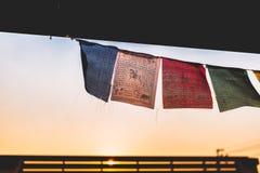 Tibetanische Gebetsflagge für Inneneinrichtung lizenzfreies stockfoto