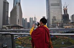 Tibetanische Mönch-Schmierfilmbildungs-Shanghai-Stadt Stockfoto