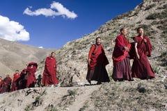 Tibetanische Mönche - Ganden Kloster - Tibet stockbild