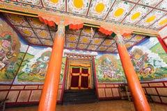 Tibetanische Tempelhalle Stockfotos