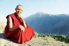 Tibetanischer Lama Mönch mit zwei Indern Lizenzfreie Stockfotos