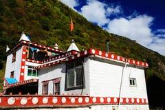 Tibetanischer Wohnsitz und Gebäude Lizenzfreies Stockfoto