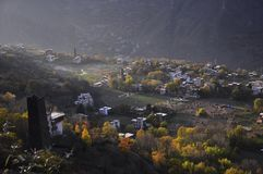Tibetanisches Dorf in Sichun stockfotos