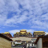 Tibetanisches Kloster Gedan Songzanlin, Shangri-La Lizenzfreie Stockfotografie