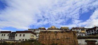 Tibetanisches Kloster Gedan Songzanlin, Shangri-La Lizenzfreie Stockbilder