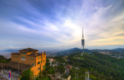 从Tibidabo小山的看法巴塞罗那 库存图片