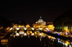Tibre em Roma na noite imagem de stock royalty free