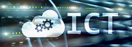 TIC - informação e conceito da tecnologia das comunicações no fundo da sala do servidor fotografia de stock royalty free
