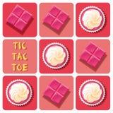 Tic-TAC-dito del piede del dolce della tazza della fragola e della barra di cioccolato della fragola Fotografia Stock