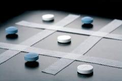 Tic Tac Toe, medizinisches Spiel lizenzfreie stockbilder