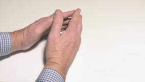 Ticchettando le dita video d archivio
