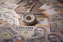 Tid är pengarbegreppet Royaltyfria Bilder