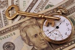 tid för begreppsbildpengar Arkivbilder