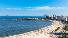 Tid för Copacabana strandgata schackningsperiod, Rio de Janeiro stock video