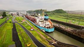 Tid för Panama kanal schackningsperiod