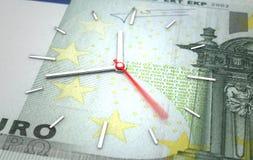 Tid och europeiskt euro vektor illustrationer