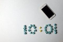 Tid och telefon Royaltyfria Foton