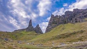 Tid schackningsperiod av gamala mannen av Stor i hösten - ö av Skye, Skottland arkivfilmer